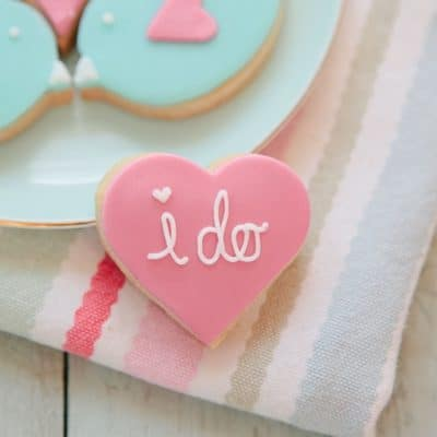 WEDDING/ENGAGEMENT BISCUITS