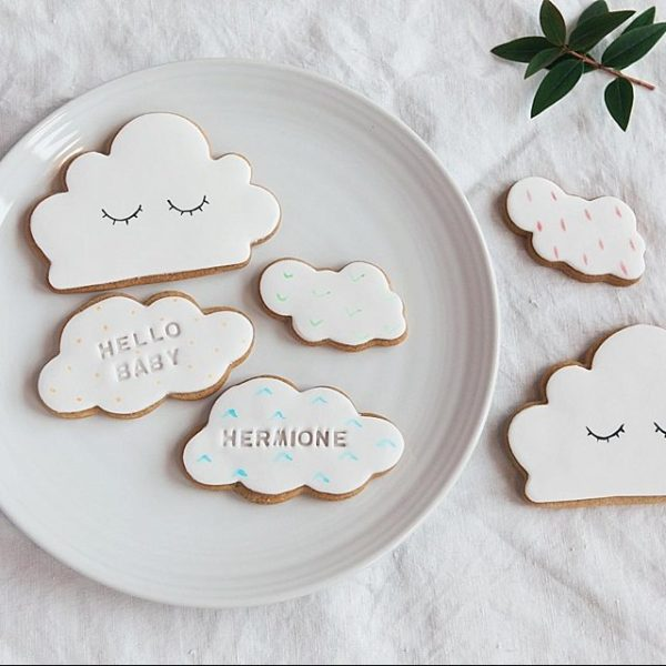 Personalised new baby biscuit gift set