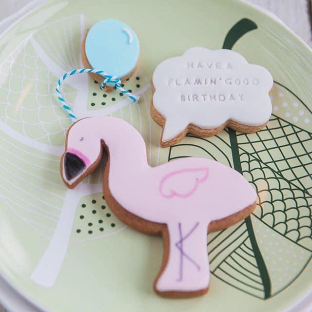 flamingo biscuit set, pun biscuits, alternative gift idea, birthday biscuits