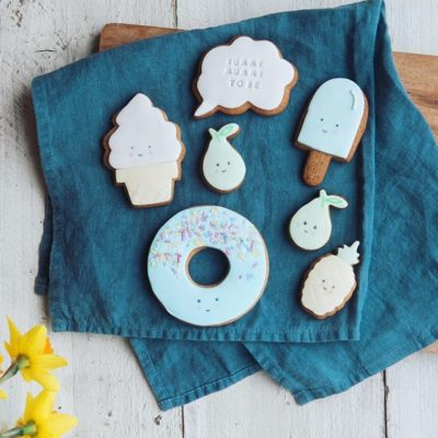 Biscuit gift for a mum to be, great baby shower gift