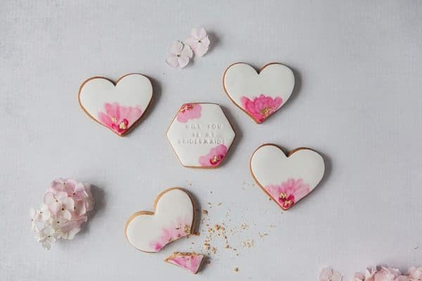 Will you be my bridesmaid biscuit gift box