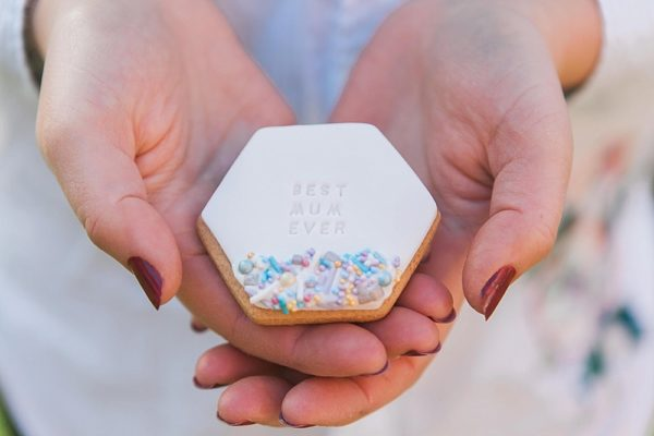 Mother's Day biscuit gift set with pretty gem sprinkles