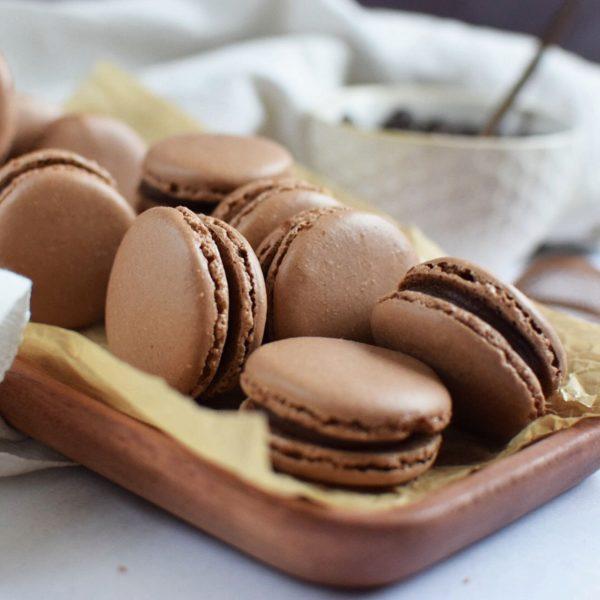 chocolate macaron kit
