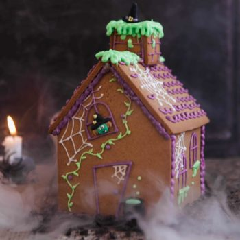 Haunted Gingerbread House Kit