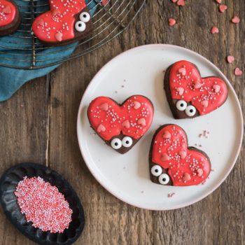 love bug baking kit
