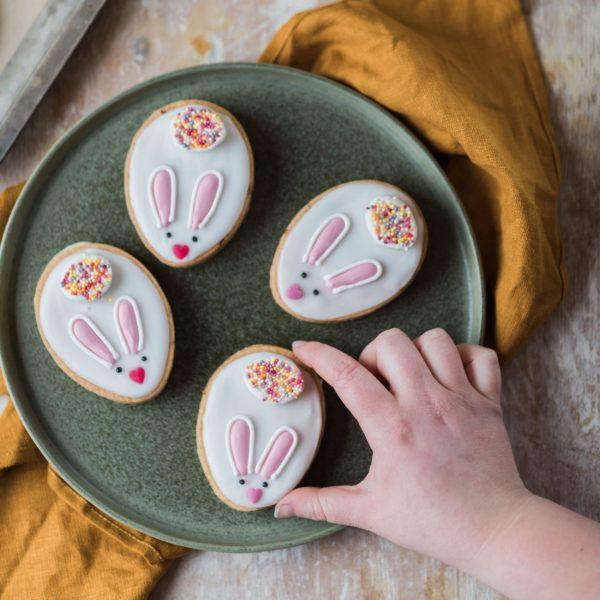 Bunny Sandwich Biscuit Baking Kit